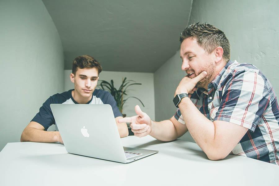 Taller online per millorar competències